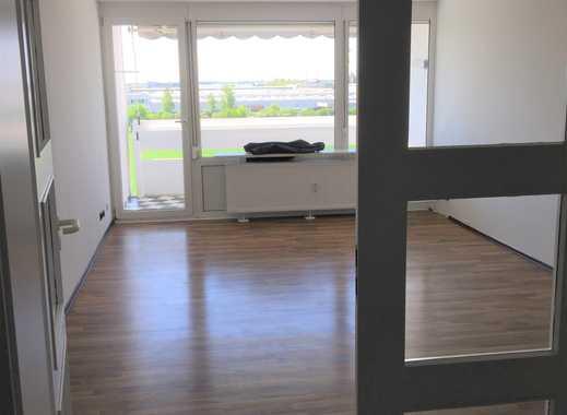 Stilvolle, modernisierte 3-Zimmer-Wohnung mit Balkon und EBK in Neufahrn bei Freising von Privat