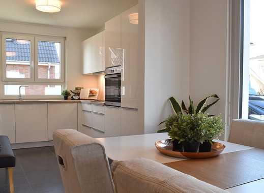 Familien-Wohnglück: Doppelhaushälfte mit großem Wohn-/Ess-/Kochbereich, Terrasse und Garten