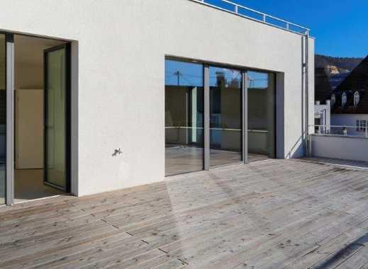 Neuwertige 4-Zimmer-Wohnung mit Balkon und Einbauküche in Schelklingen