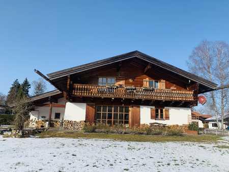 EG: grosszügige 2-Zimmer-Wohnung mit großer Terrasse und Garten in Gmund am Tegernsee
