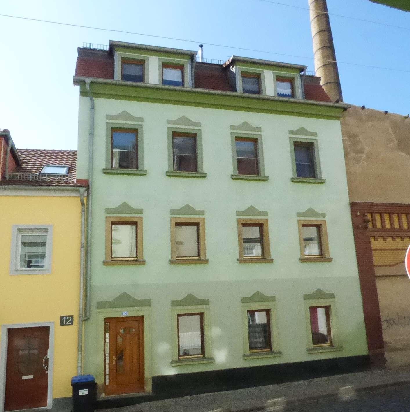 Mehrfamilienhaus mit 5 Wohnungen, Renditeobjekt in Zentrumsnähe - Anlageimmobilie zum Kauf in Riesa