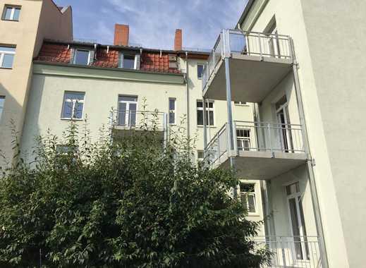 Hochherrschaftliches Mehrfamilienhaus im Paulusviertel mit Balkonen