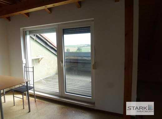 Große 4-Zimmer-Dachwohnung mit Balkon und Gartennutzung!