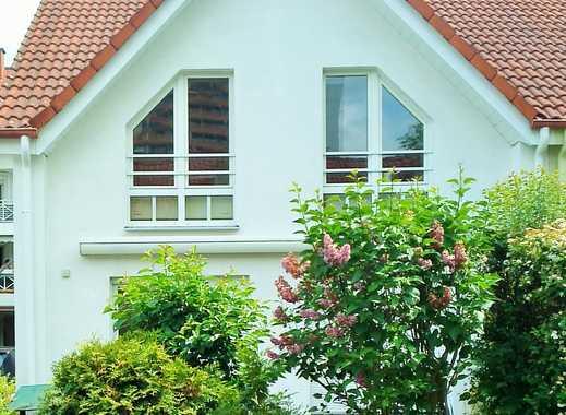 Schöne helle Doppelhaushälfte in Dietzenbach von privat zu vermieten