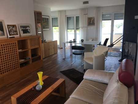 Exklusive, neuwertige 3-Zimmer-Penthouse-Wohnung mit Balkon und EBK in Pasing, München in Obermenzing (München)