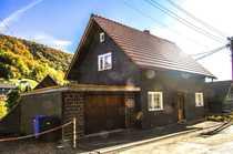 Einfamilienhaus mit Garage und kleinem