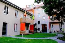 Bild Gründerzeitaltbau mit Stuckfassade und schönem Hofgarten
