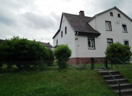 Diese Doppelhaushälfte heißt Sie in Harleshausen willkommen!