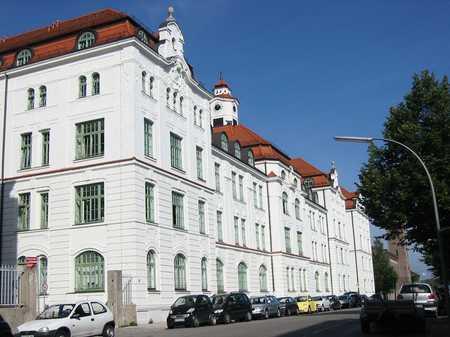 Schöne 2 1/2 Zimmer Wohnung im Prinzregentenpark Freising in Freising
