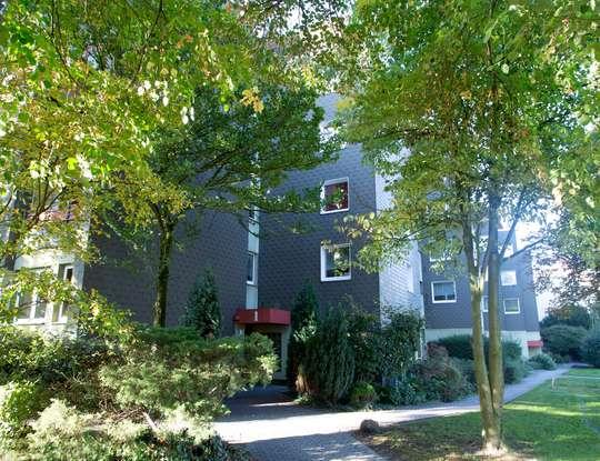 hwg - Zentrale 3-Zimmer Wohnung mit Balkon und Fußbodenheizung!