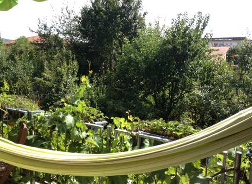 Stilvolle, gepflegte 4-Zimmer-Maisonette-Wohnung mit Balkon und Einbauküche in Freiburg