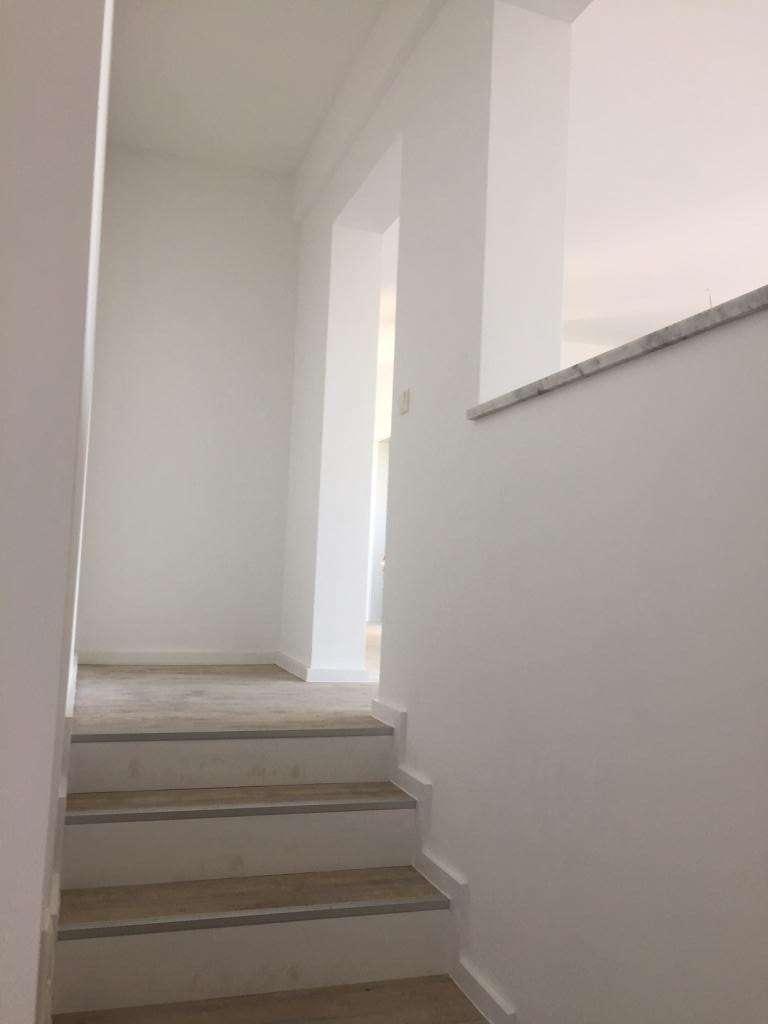 Exklusive, sanierte 2-Zimmer-Wohnung mit Balkon in Fürstenfeldbruck