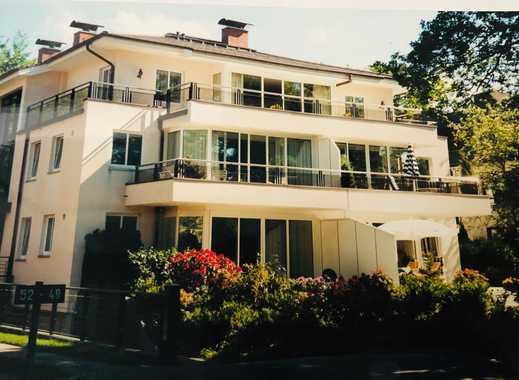 Lichtdurchflutete 4-Zimmer-EG-Wohnung mit Terrasse in Hamburg-Rissen