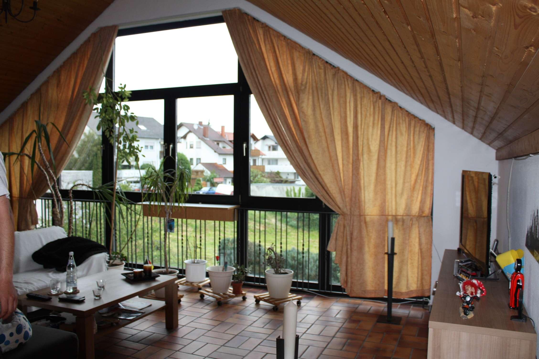 Tolle Dachgeschosswohnung mit aussergewöhnlichem Ambiente in Goldbach (Aschaffenburg)