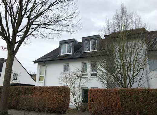 Schöne helle DG- Wohnung mit Kamin in Bonn Röttgen