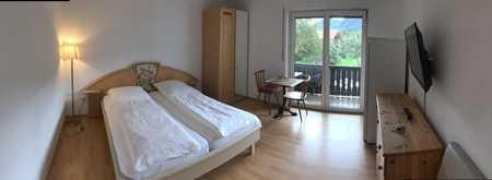 Zimmer möbliert zu vermieten. Wlan gegen Gebühr vorhanden in Bernau am Chiemsee