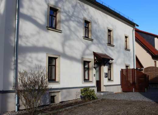 Schöne Haushälfte mit fünf Zimmern und Garten in Dresden, Weixdorf