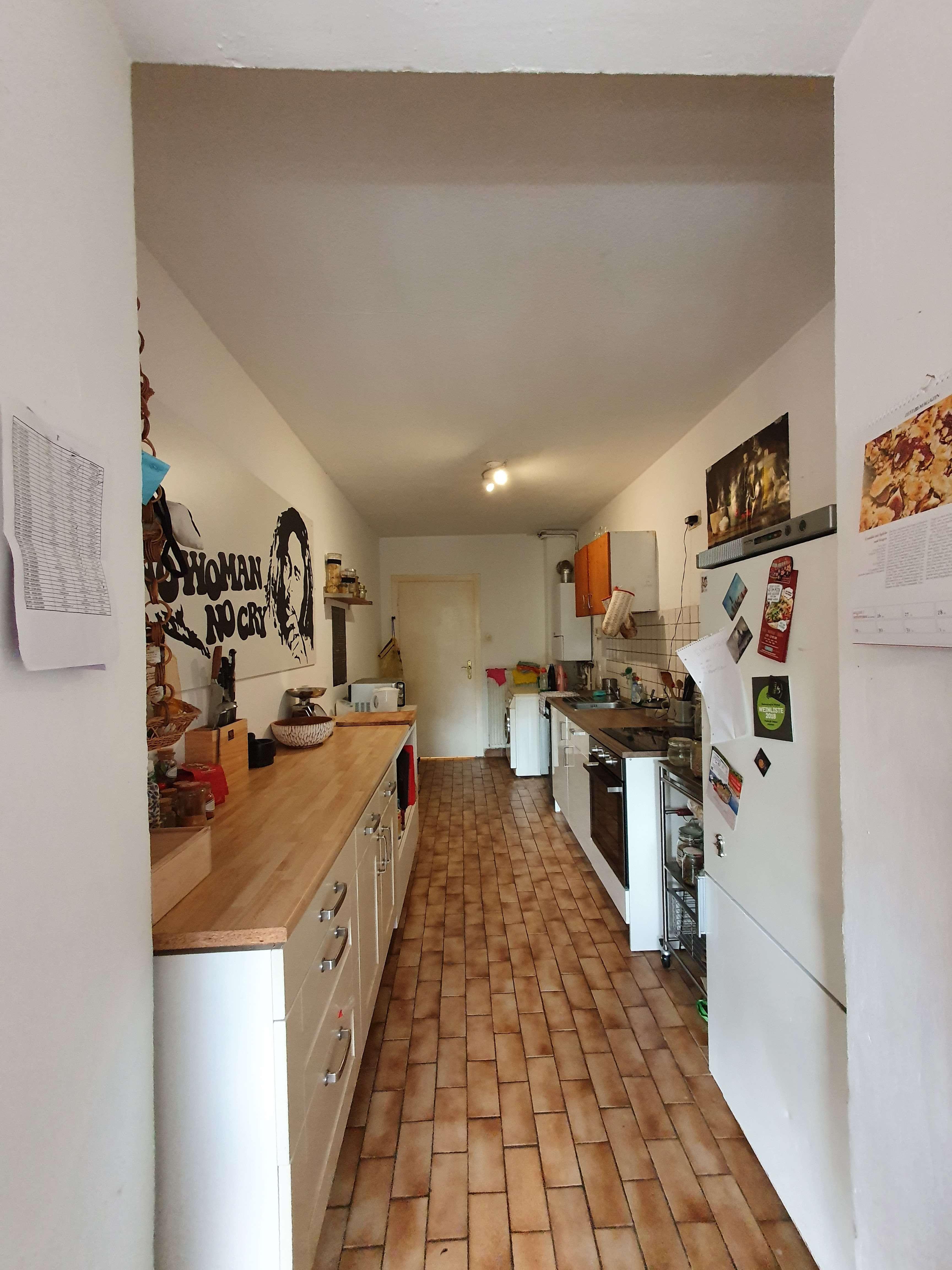 Attraktive 3-Zimmer-Hochparterre-Wohnung mit Einbauküche in Sanderau Würzburg in