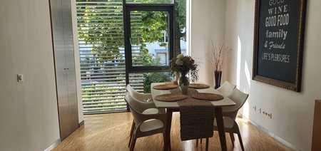 Maisonettewohnung als Architektenhaus in Toplage, Nutzfläche ca. 140 m2, von privat zu vermieten in Neuhausen (München)