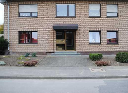 **Gescher-HOCHMOOR: Renovierte OG-Wohnung mit Balkon und Garage**
