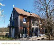 Architektenhaus mit großer Scheune und