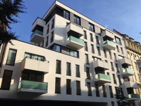 Wohnen in den Wallhöfen: Moderne 2-Zimmer Wohnung mit Loggia, Hütten