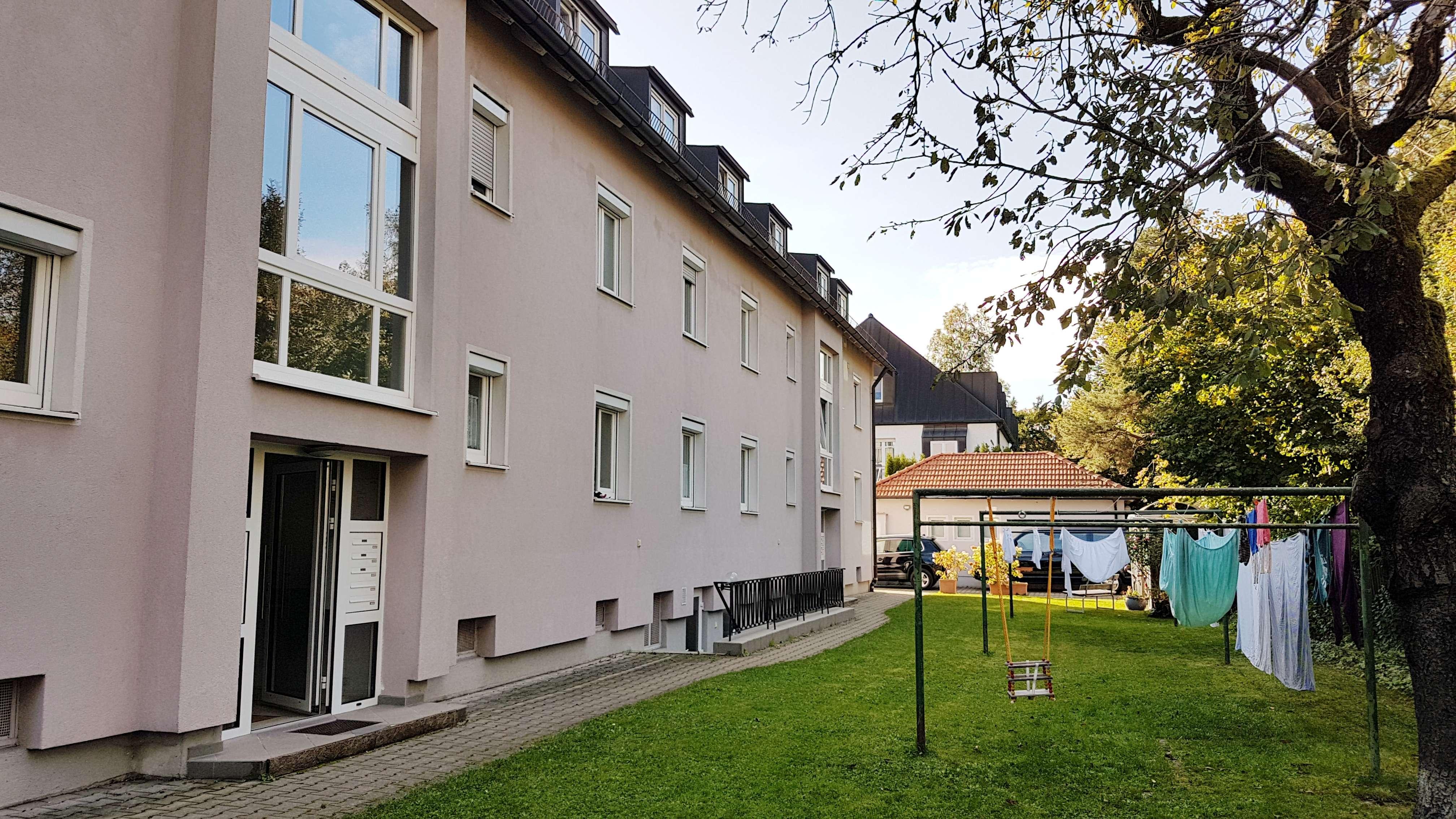 Ruhige Zweizimmerwohnung mit Hobbyraum nahe S-Bahn Pasing in Obermenzing (München)