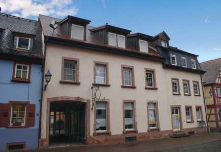 Dachgeschosswohnung der Extraklasse! in Miltenberg