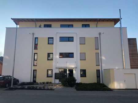 Hochwertige 1-Zimmer-Wohnung mit Balkon und Einbauküche in Traunstein