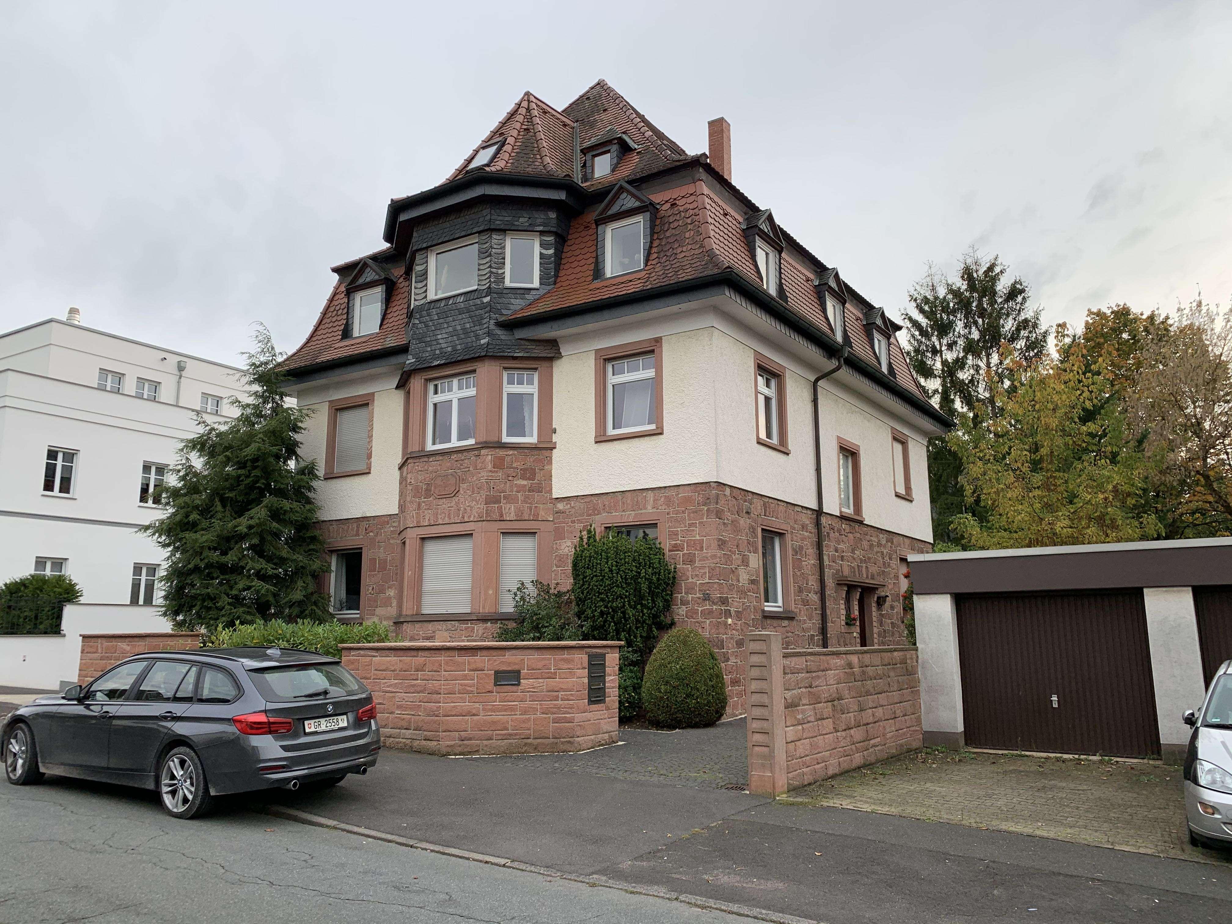 Freundliche 5-Zimmer-Wohnung zur Miete an Nichtraucher in Aschaffenburg/Bohlenweg in