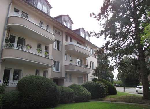 Attraktive, vollständig sanierte 2-Zimmer-Wohnung mit 2 Balkonen, D-Bilk Uninähe