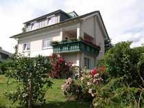 Schönes Haus mit neun Zimmern