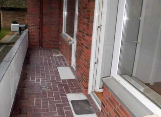 GRÜTZMACHER IMMOBILIEN & SERVICES 3 Zimmer mit Balkon.