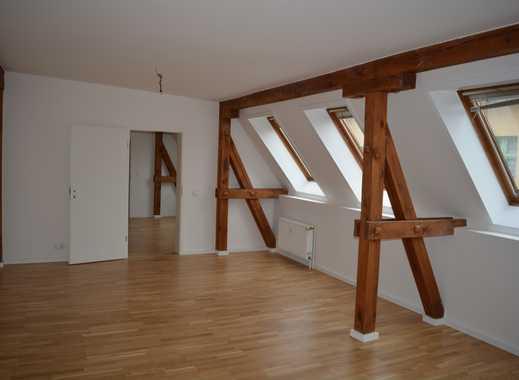 Erstbezug, oberste Etage, hell und ruhig, Duschbad, Isolierglasfenster, Echtholparkett