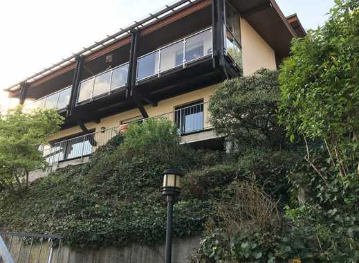 Exklusives Zweifamilienhaus zuzüglich 2 sep. Appartements in sonniger Aussichtslage