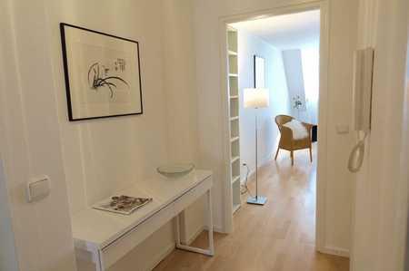 Helles, ruhiges, sehr schön möbl. 1 Zimmer Apartment  zentral in München-Schwabing in Schwabing (München)