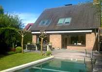 Haus mit Traumgrundstück und Swimmingpool