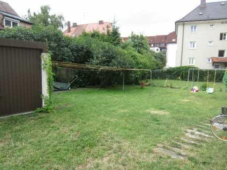 Gemütliche 1-Zimmer DG-Wohnung ruhig gelegen mit Gartenbenutzung in Nikola