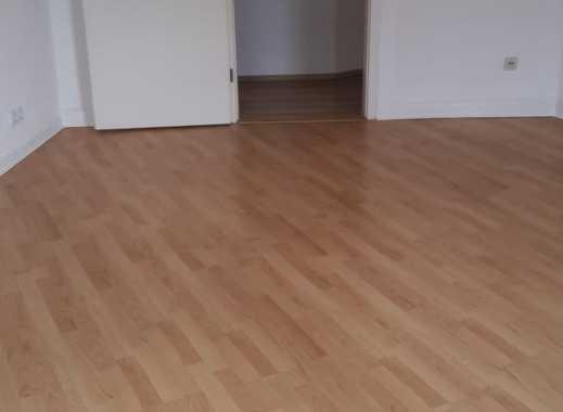 Attraktive 2-Zimmer-Wohnung mit Balkon und EBK in Essen Kettwig an Single zu vermieten