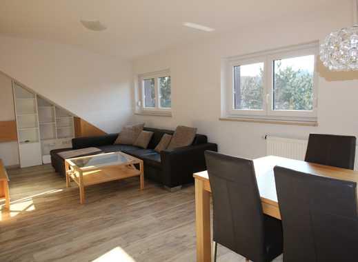 Hochwertig möblierte und renovierte 2-Zi-Wohnung mit Freisitz