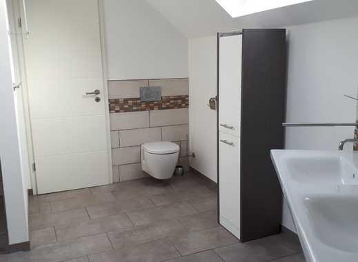 Zimmer in großzügigem Haus inkl. Reinigung anzubieten