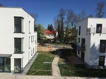 Hochwertige möblierte 2-Zimmer-Wohnung mit EBK