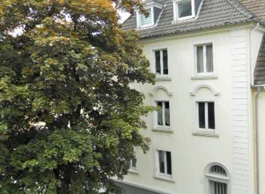 Wunderschöne Altbauwohnung mit 3 Zimmer mit Gartenmitbenützung und Loggia!