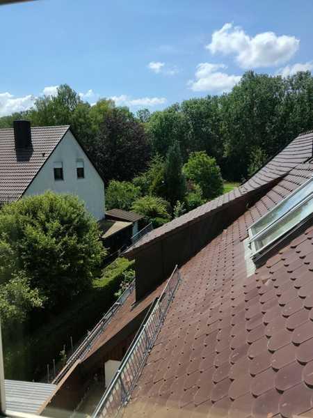 WG willkommen ! Komfortable Dachgeschosswohnung Nähe Bahnhof. in Freising