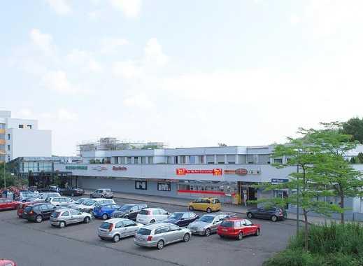 Tiefgaragenstellplätze in einem Ladenzentrum in Stuttgart-Botnang