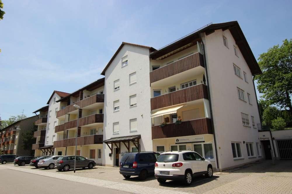 Gepflegte 3-Zimmer-Wohnung mit Balkon und EBK in Simbach am Inn in Simbach am Inn