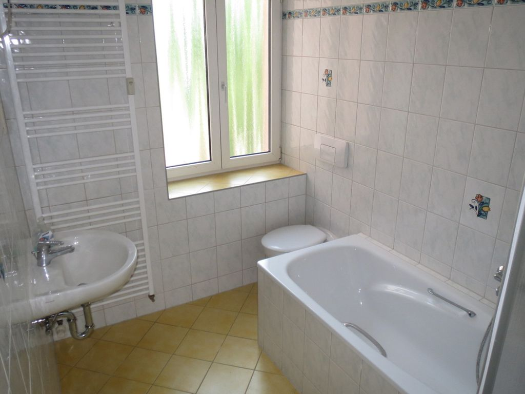 Bad WC- Wanne- WT