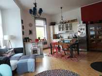 Altbaucharme 5-Zimmer-Eigentumswohnung mit EBK und