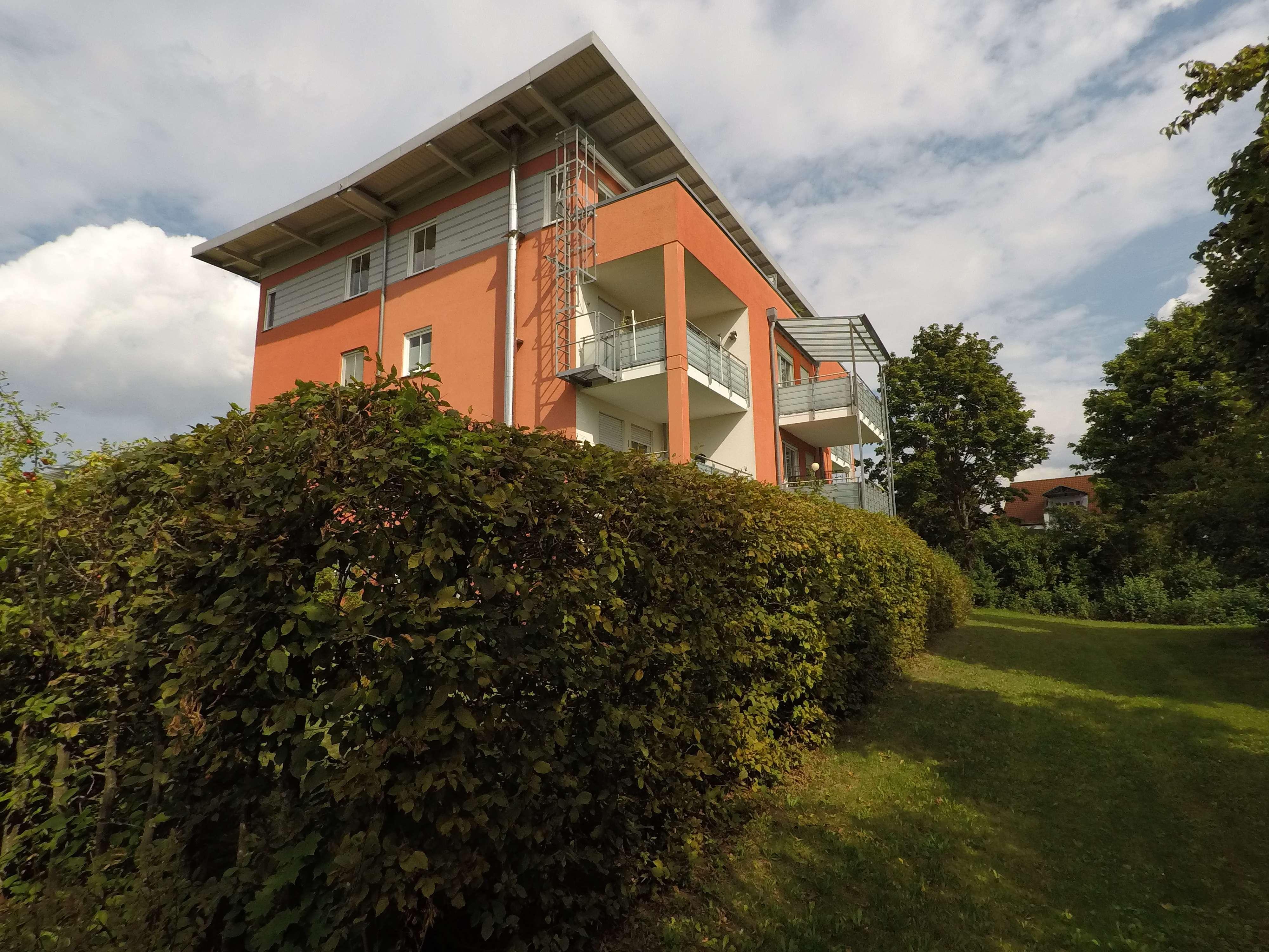 Traumhafte 3-Zimmer Dachgeschoßwohnung mit toller Aussicht. in Poing