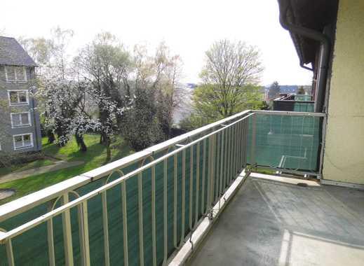 Sehr schöne 3,5 Raum Wohnung mit Balkon in ruhiger und zentraler Lage! Weißes Bad!